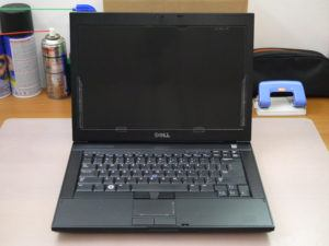 Bán Dell Latitude E4300 giá sỉ/ intel Core 2 Duo/ 2G/ 160G/ VGA GMA 4500 MHD (3738)