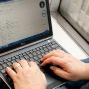 ban-laptop-dell-latitude-e6220-core-i5-ram-ddr3-hdd-o-cung-gia-re-quan 46