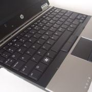 ban-laptop-hp-2540p-core-i5-ram-ddr3-hdd-o-cung-gia-re-quan 3