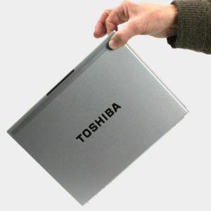 ban-laptop-toshiba-dynabook-rx1-r500-core-i5-ram-ddr3-hdd-o-cung-gia-re-quan 15