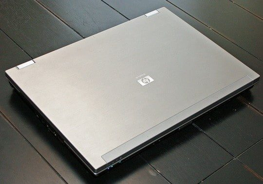 HP EliteBook Workstation 8730w - Core 2 - Thế hệ 2