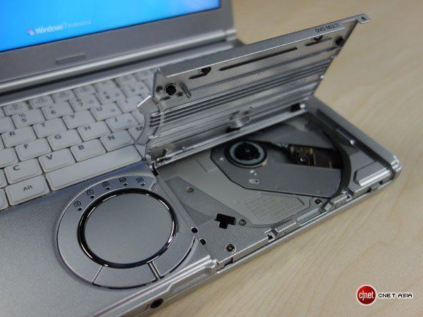 Panasonic NX1 - Core i5 - Thế hệ 2