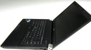 Toshiba Tecra R940 (Intel Core i5/ 2GB RAM/ 250GB HDD/ VGA Intel HD Graphics/ 14 inch/ Windows XP/7/8/10) (7261)